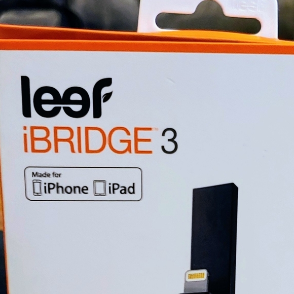 Leef Other - Leef iBridge 3 64GB iPhone External Memory Stick